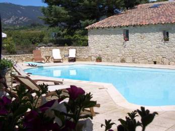 La Campagne Sleeps: 12 Beds: 6 Baths: 6