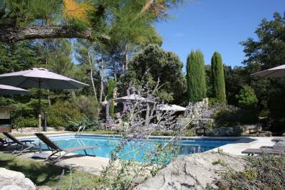 Bastide des Clapes Sleeps: 15 Beds: 7 Baths: 7