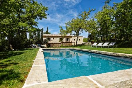 Villas for Sale - Le Mazet de Lacoste