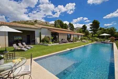 Vacation Rentals at Mas des Cistes