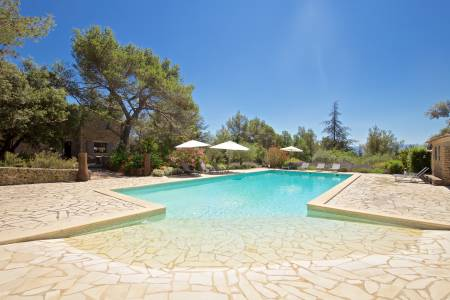 Vacation Rentals at Maison Cedres