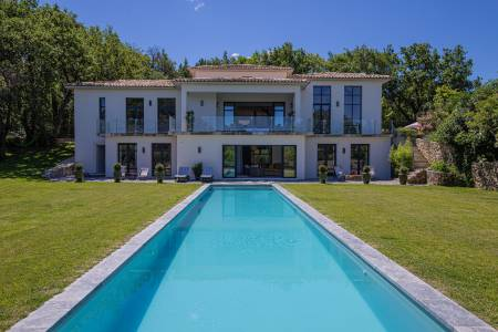 Vacation Rentals at Villa Aquarelle
