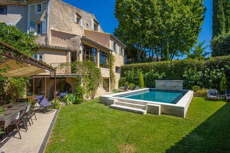 Vacation Rentals at Villa Lourmarine